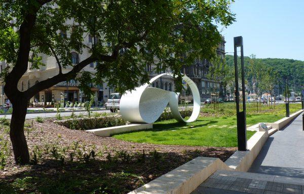 Budapest, Élet menete szobor környezetrendezése